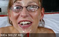 Sandra (19): Wild amateur bukkake sex [2019/FullHD/SexterMedia]