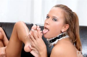 kim-possible-lick-the-maid-milian