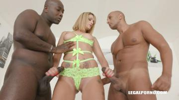 Lola Candy gets fucked by black bulls IV272 (2019) FullHD 1080p
