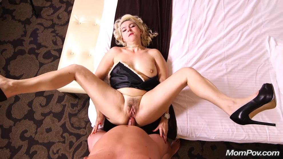 [MomPov.com] Anastasia - Sexy all natural Euro MILF (08.02.2019) [Anal, All Sex, Blowjobs, POV, MILF, 576p]