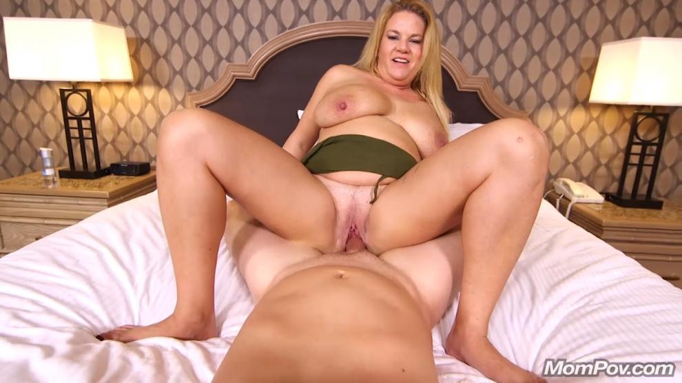 [MomPov.com] Abigail - Thick big natural tits blonde MILF (24.01.2019) [Anal, All Sex, Blowjobs, POV, MILF, Big Tits, 720p]