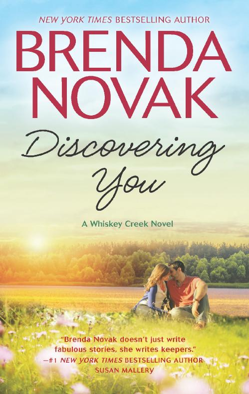 Discovering You (Whiskey Creek, n  10) by Brenda Novak