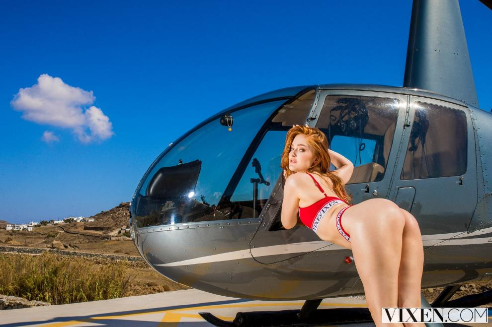 [Vixen.com] Jia Lissa - Travelling Alone (23.02.2019) [All Sex, Blowjob, Creampie, 480p]